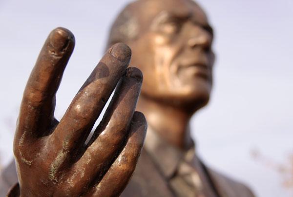 Tommy Douglas Statue Weyburn Saskatchewan