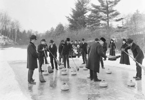 photo-toronto-swansea-looks-like-high-park-game-of-curling-mighty-small-rink-1904